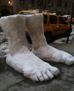 2 feet of snow 245x300 8 Ways Facebook Maintained My Sanity During Snowpocalypse 2011